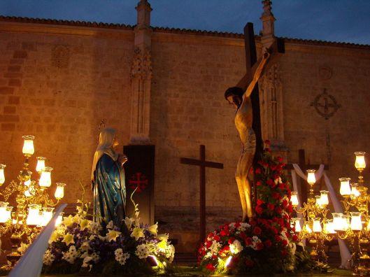 Jesus sempre com Maria